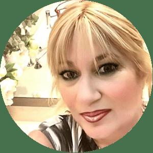"""עו""""ד שירלי גינזבורג - המכללה ללימודי אסתטיקה רפואית"""